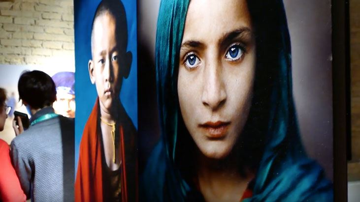 Watch all the videos on the conero riviera 39 festivals and for Steve mccurry ancona